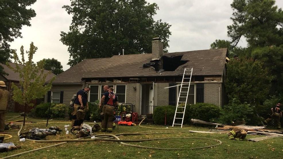 tulsa-lightning-struck-roof